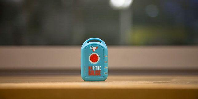 Une enfance sous surveillance Les dispositifs permettant de suivre ses enfants à la trace sont à la mode. Non sans poser de lourdes questions pédagogiques, éthiques et juridiques.
