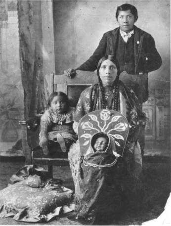 Family Portrait :: National Park Service (NPS) Nez Perce Historic Images Collection