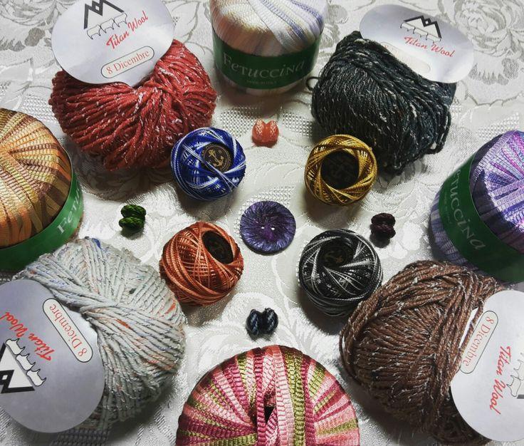 Lane, Fettucce e Cotoni rigorosamente Multicolor.