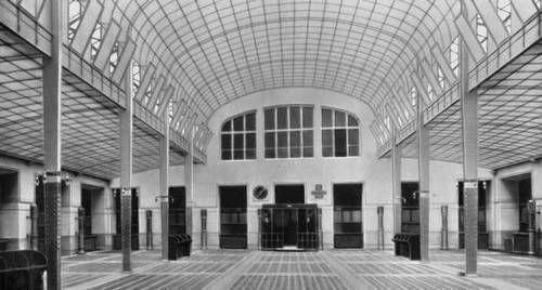 Здание центрального почтампа, арх. О. Вагнер, Вена, 1903-1912