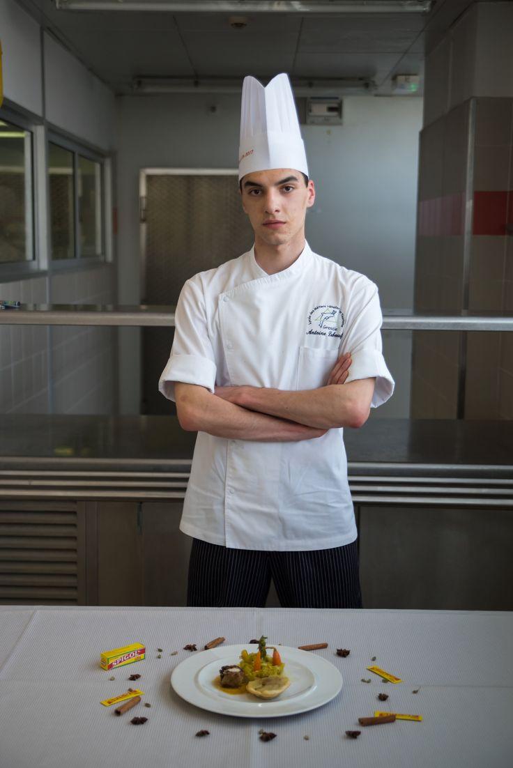 • Antoine Duboeuf, lycée hôtelier de Grenoble, site du Clos d'Or (Isère) : duo de lapin Rex aux pruneaux, jardin de légumes croquants.