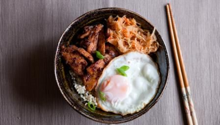 Sweet pear and salty soy combine to make a delicious stir-fry. The kimchi helps…