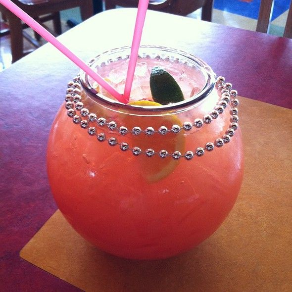 Gator punch fish bowl razzoo 39 s cajun cafe drinks i for Fish bowl punch