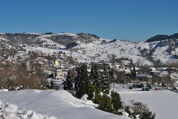 Kamena Vourla, houses in Greece, Winter in Kamena Vourla.