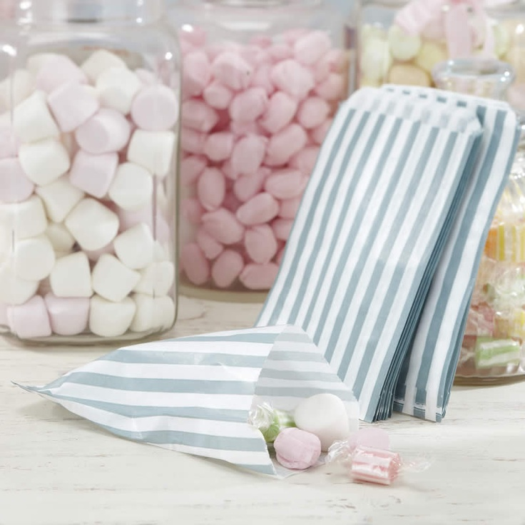 Packs of 25 silver striped paper Candy Bags to go with the Candy Buffet Kit.