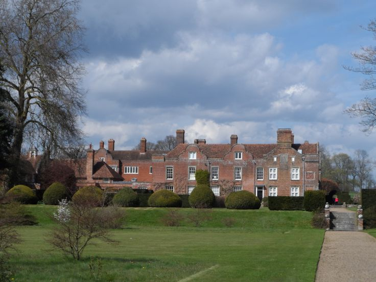 Godington House, Ashford. Jacobean style house with Medieval rooms and beautiful gardens
