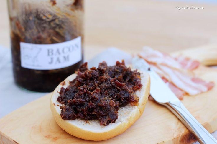 Schon mal Bacon-Jam gegessen? Nein, dann wird es höchste Zeit. Bacon-Jam ist unglaublich lecker und lässt sich für vielerlei Sachen verwenden, z.B. Burger.