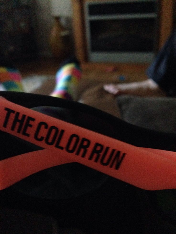 Going to the color run with my family miss u so much elle ☺️