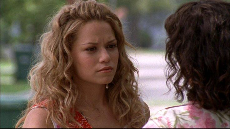 One Tree Hill - Haley and Karen