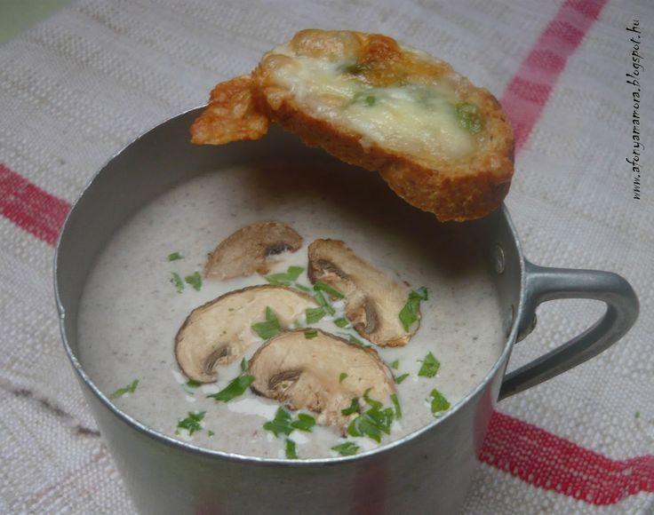 Az áfonya mámora: Gombakrémleves, sajtos pirítóssal