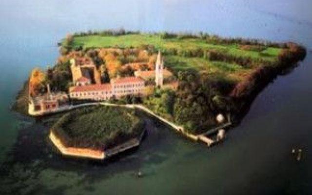 Poveglia, l'isola del terrore in provincia di Venezia #poveglia #venezia