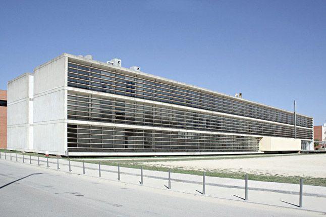 Departamento de Geociências da Universidade de Aveiro - Eduardo Souto Moura
