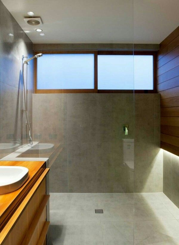 Marine parade modern bathroom by dorrington atcheson architects