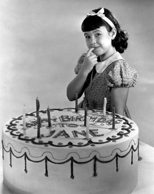A big cake for a little star, Jane Withers