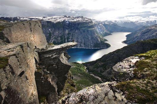 Ontdek de mooiste wandelroutes in Fjord-Noorwegen. #VisitNorway