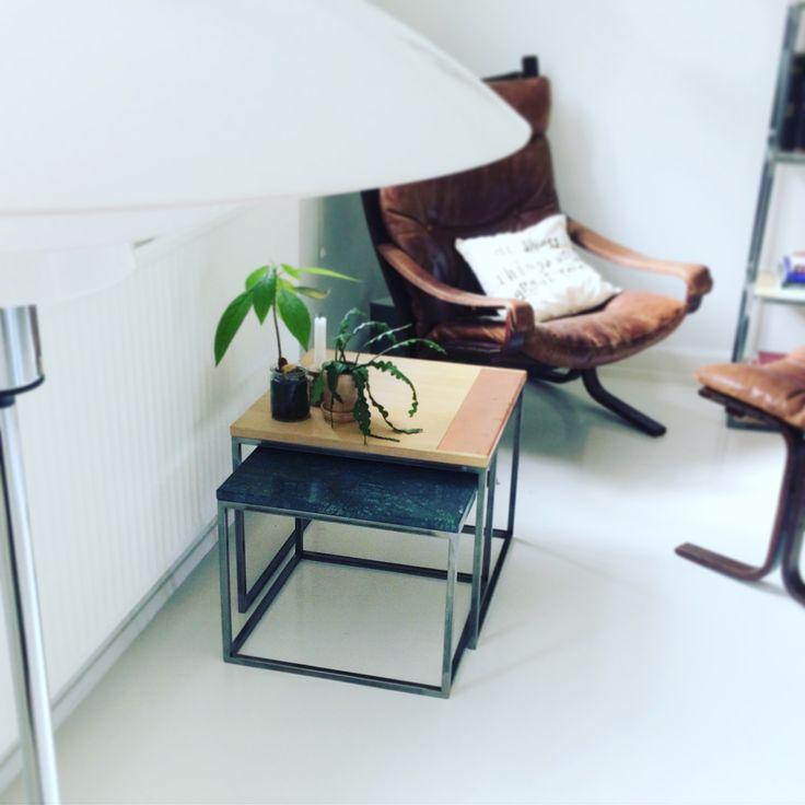 Indskudsbordet Schleppegrell☺️ Det øverste bord er med egetræ, det nederste kan fås med hvid eller grøn marmor👌 #erbsdesign #upcomming #brand #unika #handmade #matcherdinpersonlighed #oak #marble #lavetmedkærlighed #showroom #showtime