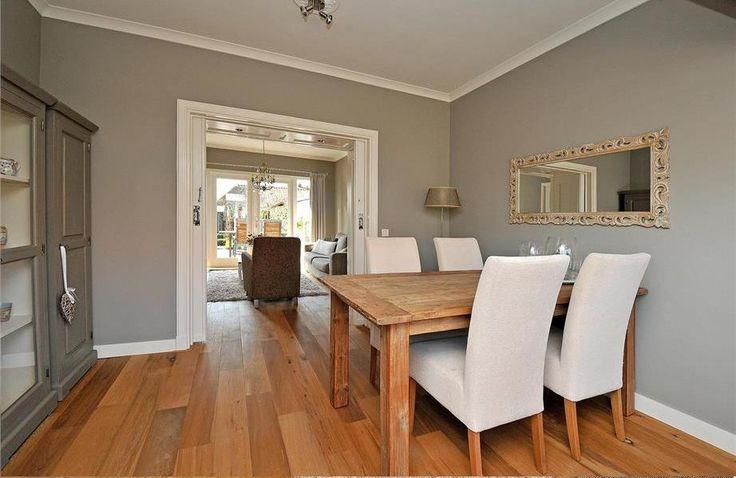 25 beste idee n over donkere meubels op pinterest donkere meubels slaapkamer blauwe - Gekleurde muren keuken met witte meubels ...