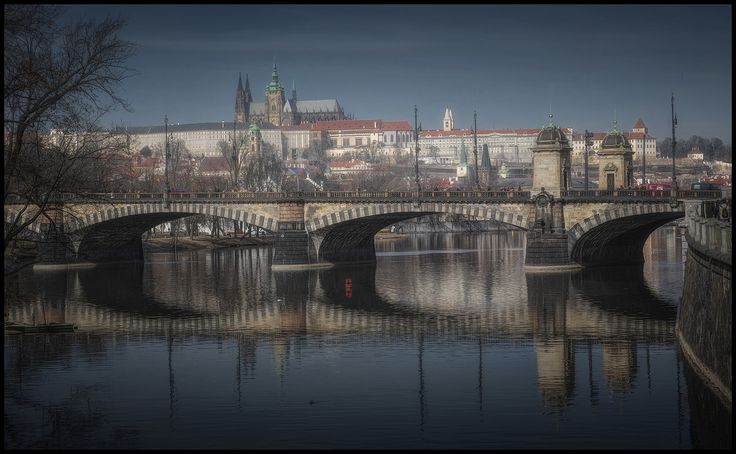 Prague castle ll - null