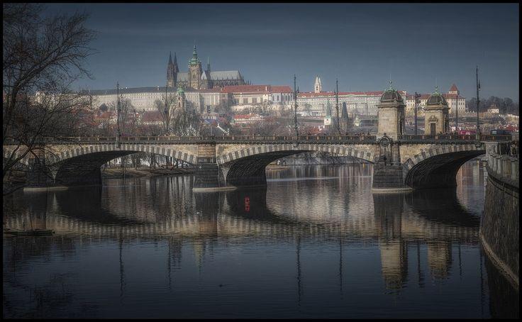 Prague castle ll - null