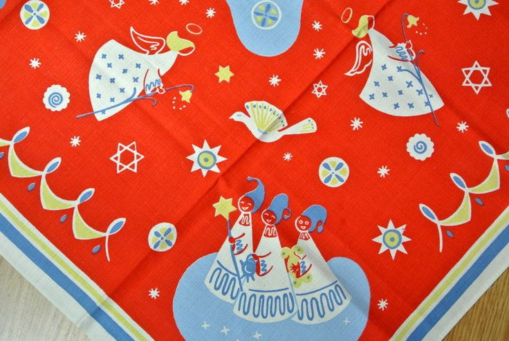 Rare Swedish vintage 1950s larger printed cotton Santa Lucia design table-cloth with multicolor motive on red bottomcolor. New-washed