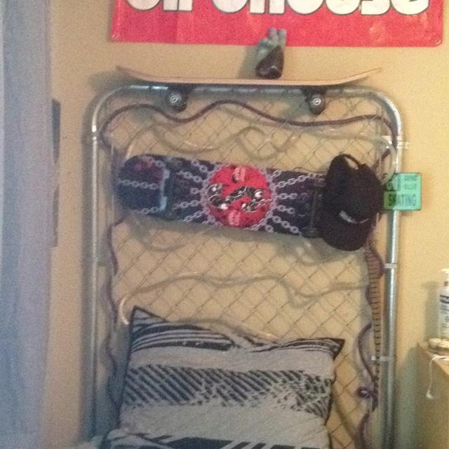 119 best tylor room images on pinterest for Boys skateboard bedroom ideas