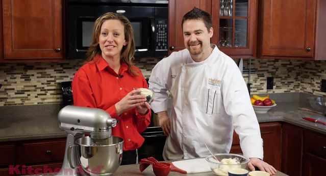 How To Make Whipped Cream With The KitchenAid Stand Mixer - h.h. gregg blog