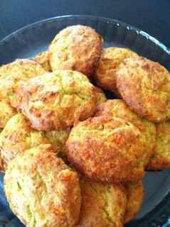 Cheesy Puffs - oven baked. Forum Thermomix - The best community for Thermomix Recipes - Cheesy Puffs