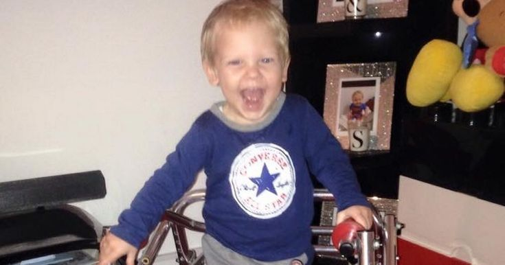 The tot - who is the grandson of Bishop's Stortford Football Club legend Brian Bayford - needs surgery to help him walk and play football