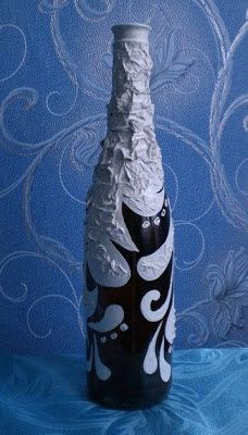 Como pintar y decorar botellas de vidrio | Mimundomanual