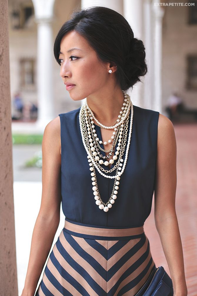 <business casual outfit for work> Striped skirt, navy top, and pearl necklace - add cropped cardigan or a blazer.