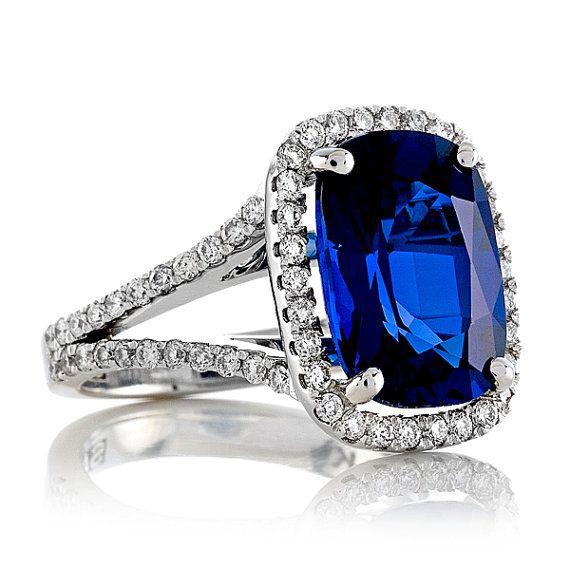 J'ai plusieurs laboratoire absolument magnifique Ceylan bleu saphirs taille coussin créé pierres à choisir pour ce paramètre. S'il vous plaît demander à voir les vidéos de ma sélection. Cette bague peut également être portée comme une bague de cocktail belle et élégante et est un parfait cadeau d'anniversaire, cadeau de mariage, cadeau de fête des mères, cadeau d'anniversaire, cadeau de vacances ou un I Love You cadeau!! Mes bijoux sont faite avec la plus sincère amour et Passion par moi…