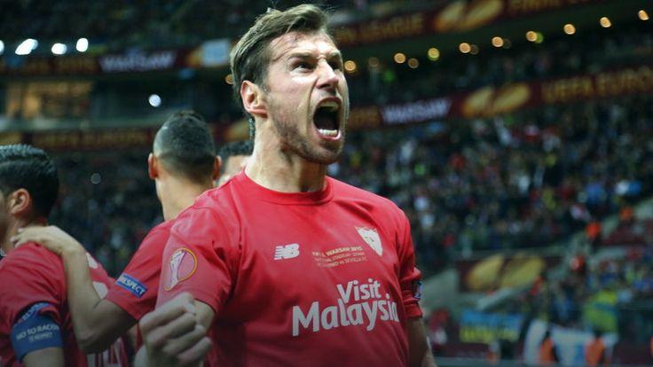 Grzegorz Krychowiak w jedenastce dekady Sevilla FC