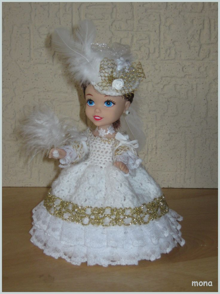 doll 21 - model of the Baroque period