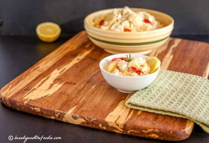 Creamy Lemon Garlic Chicken Noodle Bake is a grain free, gluten free and low carb alternative to those creamy chicken and pasta dishes.