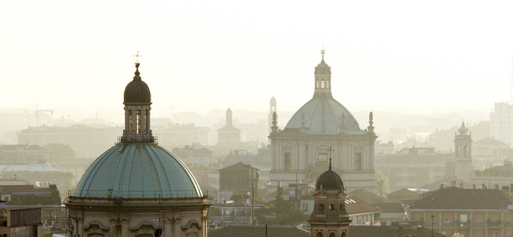 Milano www.tourismando.it for your vacations!!