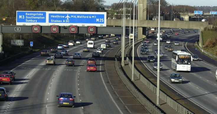 Building the runway over the M25 would be quicker and cheaper than putting the motorway in a tunnel, according to Chris Grayling