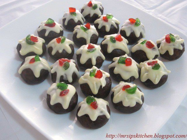 I know, I've gone Christmas Pudding crazy! These are made with a chopped up fruit cake