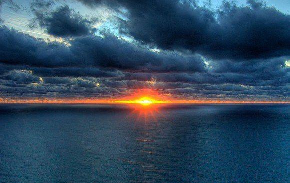 Если вы делаете что-то прекрасное и возвышенное, а этого никто не замечает — не расстраивайтесь: восход солнца — это вообще самое прекрасное зрелище на свете, но большинство людей в это время еще спит.
