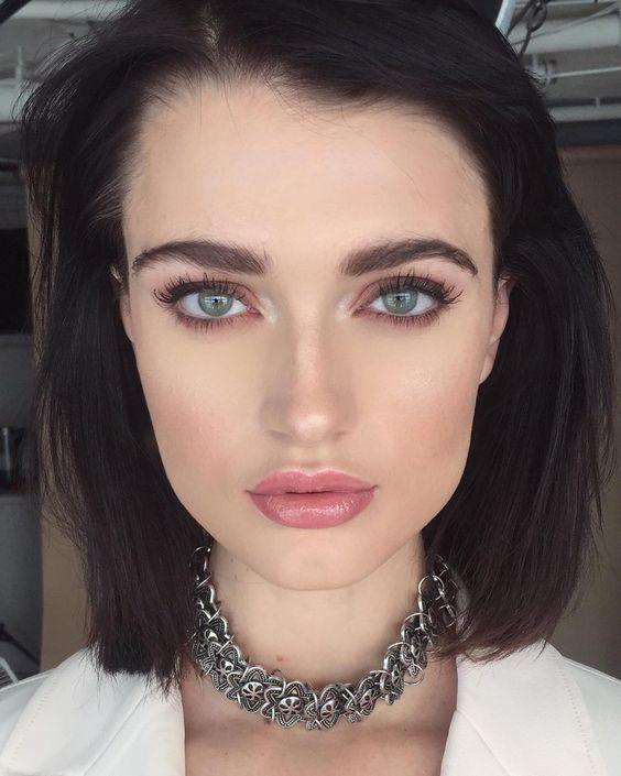 maquillages pour sublimer les yeux bleus repérés sur Instagram