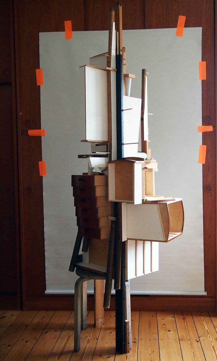 "GRAVEYARD : new sculpture ""For Frida""."