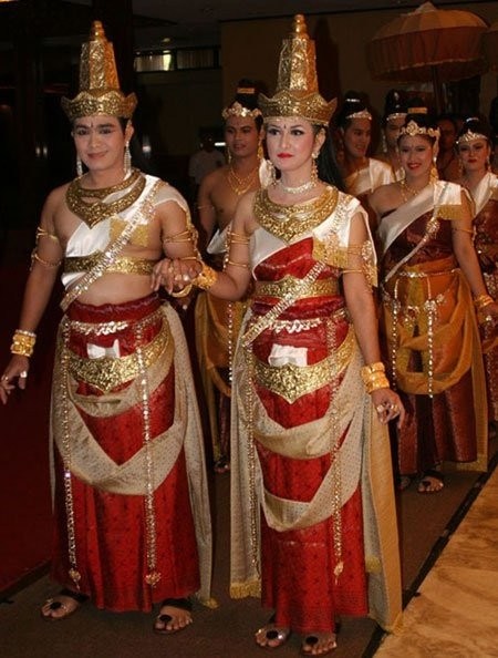 Wedding Dress Majapahit Empire - East Java - Indonesia