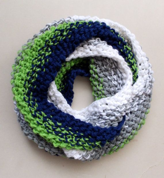 Seattle Seahawks Chunky Knit Ombre Circle by LittleVisionsArt  etsy.com