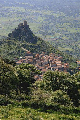 Simbolo del Goceano, il Castello di Burgos by steffi's, via Flickr