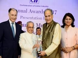 The President of India, Shri Pranab Mukherjee presented CII President's Award for Lifetime Achievement to Mr. Rahul Bajaj and CII foundation Woman Exemplar Award in New Delhi yesterday. Speaking on the occasion, the President congratulated all the awardees – Mr.   #CII foundation #Cii foundation lifetime achievement #CII foundation woman exempler #corporate #CSR #pranab mukherjee #President of India #rahul bajaj