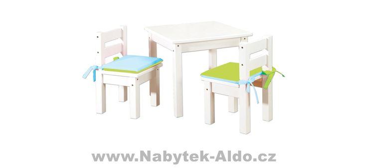 Dětský bílý stolek s židlema z masivu
