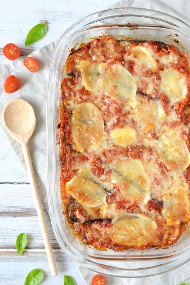Het allerlekkerste aubergine lasagne recept komt uit de Italiaanse keuken. Deze Parmigiana di melanzane is één van mijn favoriete Italiaanse gerechten!
