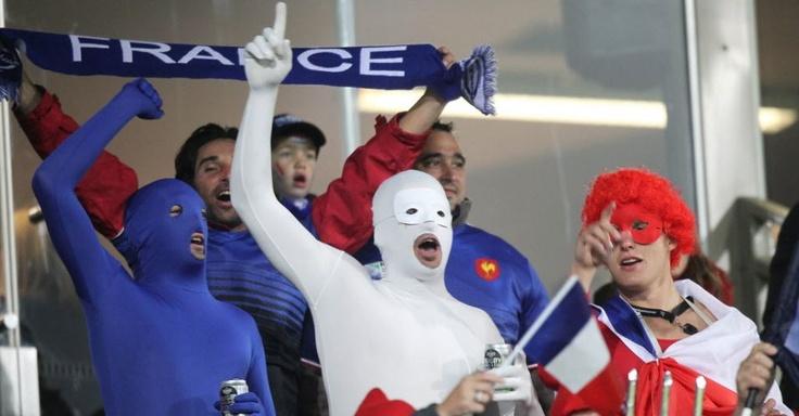 Torcedores franceses durante o jogo contra o Canadá, pelo grupo A do mundial de Rúgbi