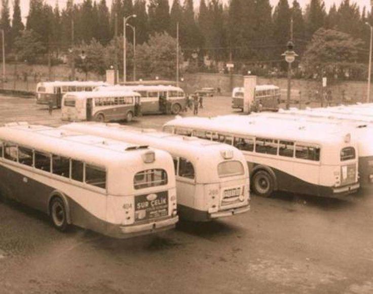 Şu anda Cevahir AVM olan eski İETT deposu (1960'lar)