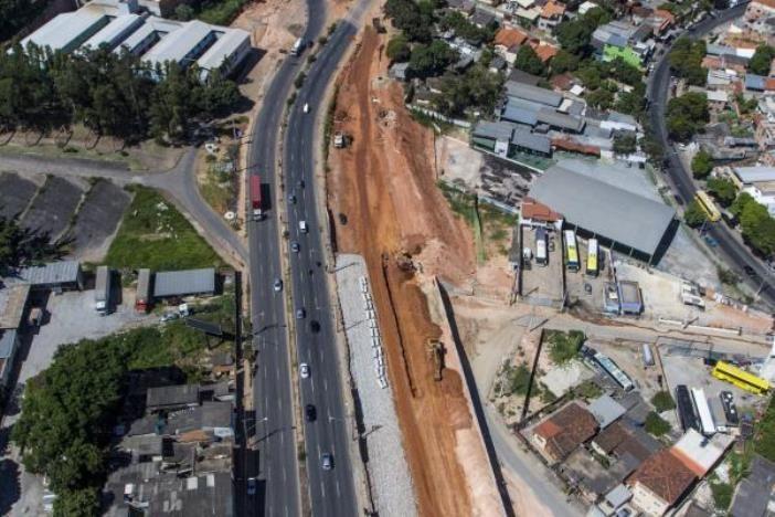 A 100 dias da Copa, só 18% das obras de infraestrutura foram entregues #globoesporte