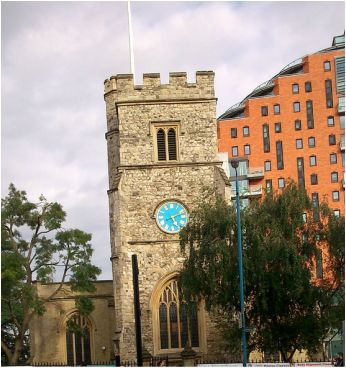 "St. Mary's Church. Putney Bridge is the only bridge in Britain to have a church at both ends;  St. Mary's Church, Putney is located on the south and All Saints Church, Fulham on the north bank.  St. Mary's Church is an Anglican church in Putney, sited next to the river Thames. In 2005 a new extension to the church, the ""Brewer Building"", built at a cost of £1.7m was opened by the Bishop of Southwark."